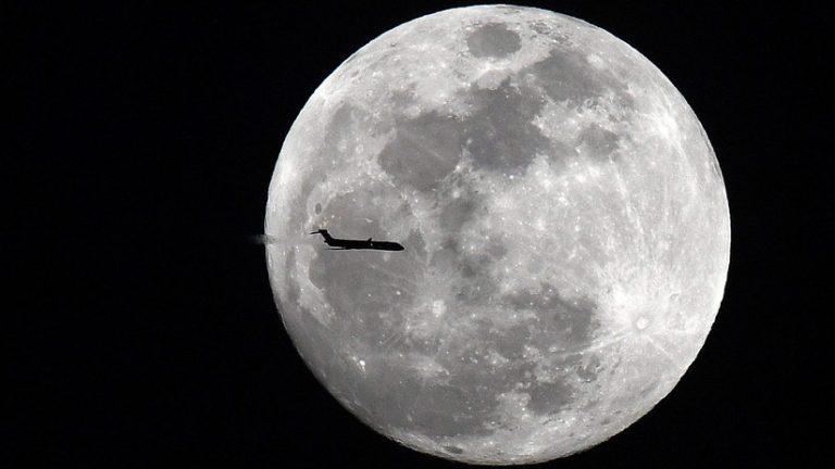 """Superluna: """"Luna de Nieve"""" se observará a primeras horas del martes"""