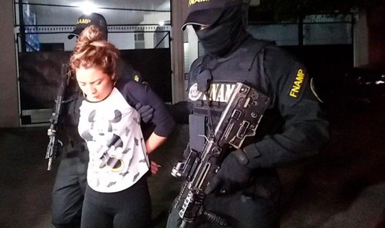 Cae «La Katy», pareja de peligroso pandillero recluido en «El Pozo»