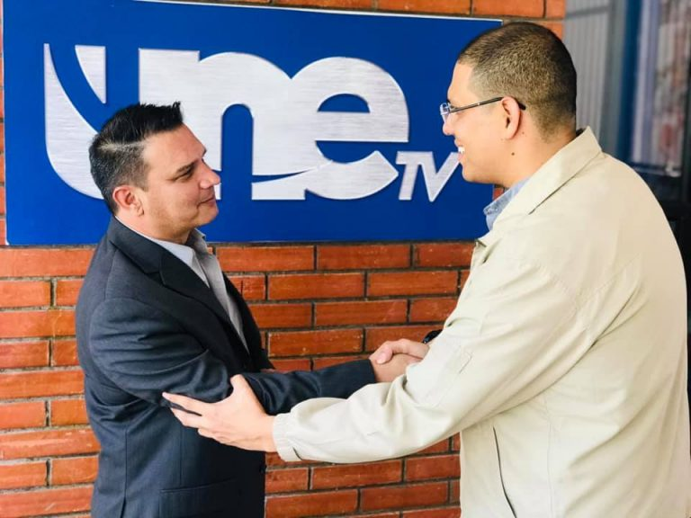 Luis Rodríguez regresa a la televisión, esta vez en UNE TV
