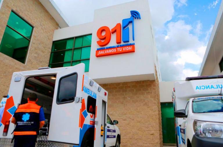 ¡FIN DEL AGOBIO! Empleados del 911 son llamados de emergencia a recibir salarios