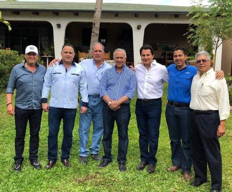 Fervor político en el cumpleaños 68 de Mauricio Oliva; este fue su discurso