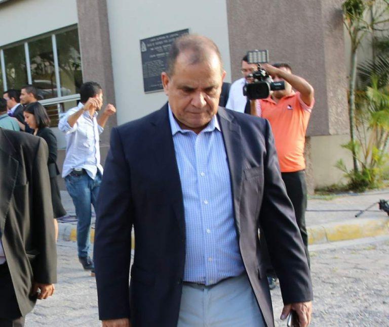 Admiten recurso de amparo para impedir captura del periodista David Romero