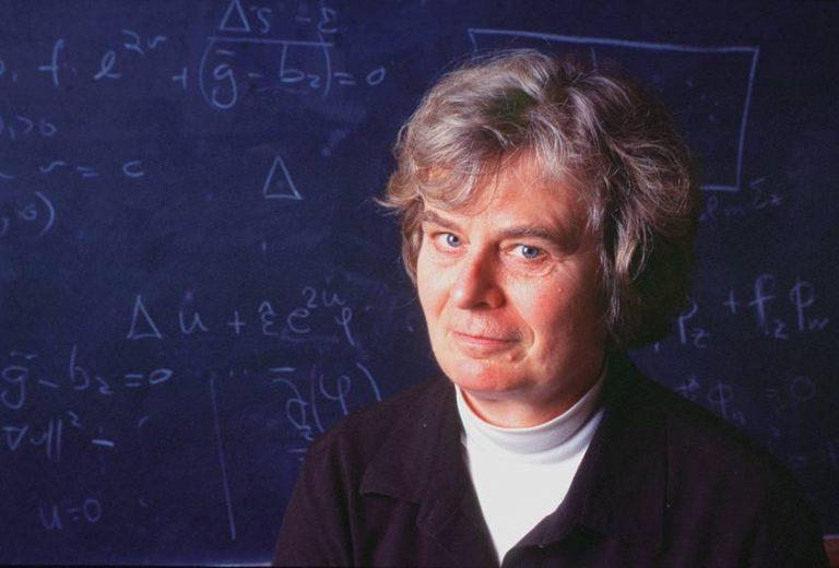 Histórico: Mujer gana por primera vez prestigioso premio de matemáticas