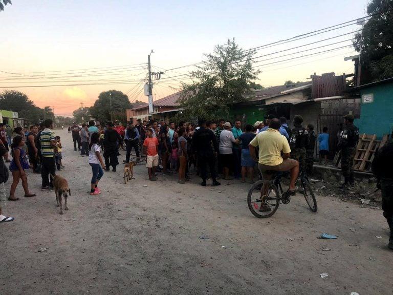 Madre de víctimas de masacre en Chamelecón: «Vinieron policías y dispararon a mis hijos»