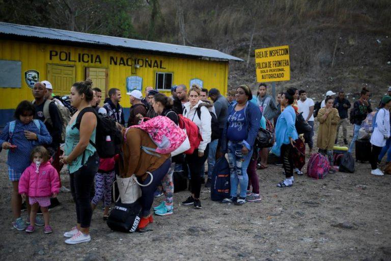 La nueva caravana de migrantes logra cruzar a México