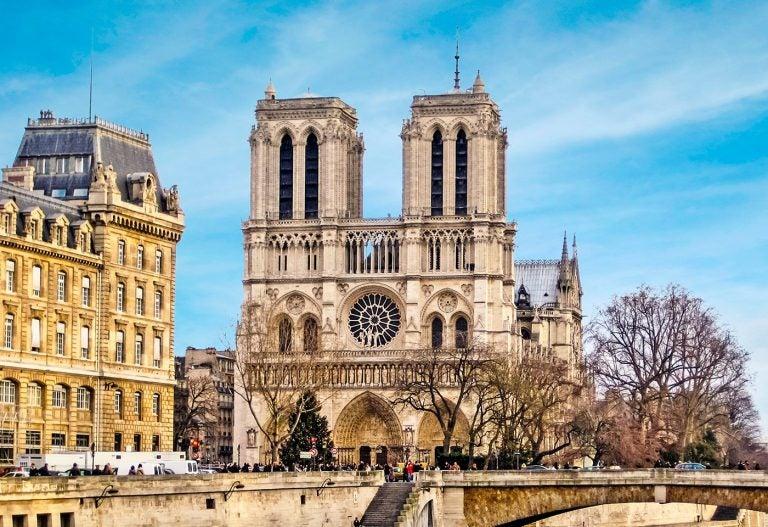 La Catedral de Notre Dame, la más importante con ocho siglos de historia