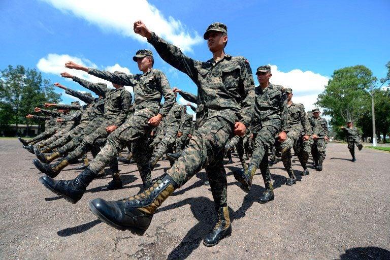 »Traidores a la Patria»: supuestos soldados hondureños se rebelan; demandan castigo para cúpula militar