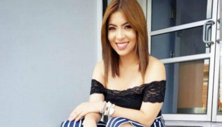 ¡Sorpresa! Karol G le envía un mensaje a la presentadora hondureña Laura Meza