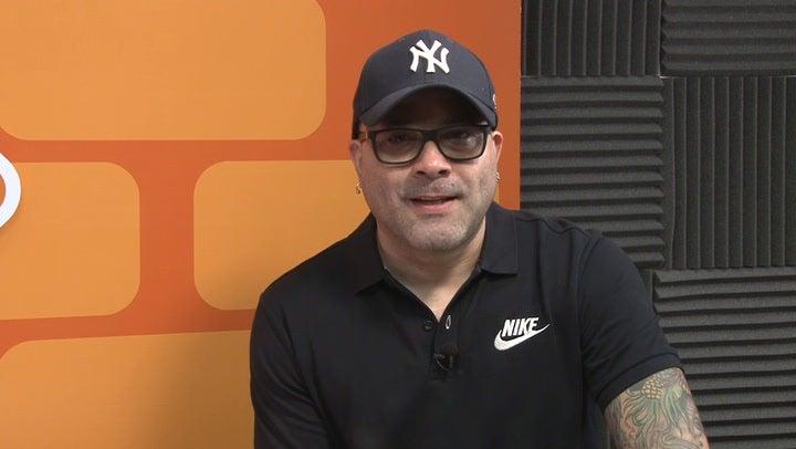 """Gustavo Vallecillo criticado por decir sobre #NoMás: """"¿No había un calzón más bonito?"""""""