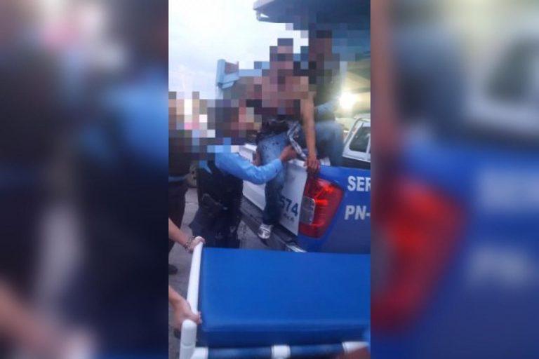 Forcejeo: tras intentar quitarle arma a policía, supuesto asaltante resulta herido en Comayagua