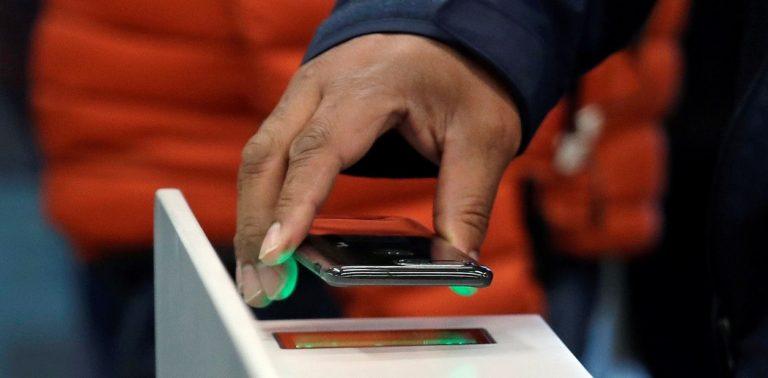 Alejarse del celular podría ayudarle a evitar muchas enfermedades y a vivir más