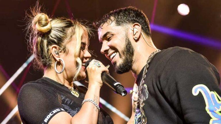 Suspenden concierto de Anuel AA y Karol G en Quito, ¿les pasó factura el error?