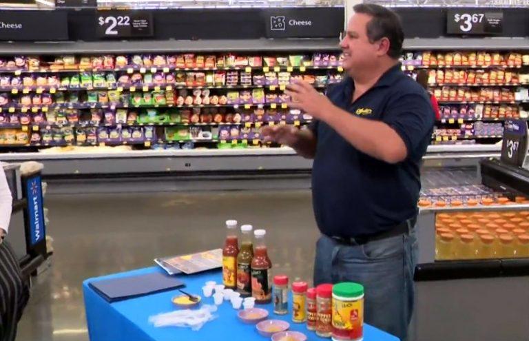 Hondureño a punto de ofrecer sus productos en las tiendas Walmart de EEUU