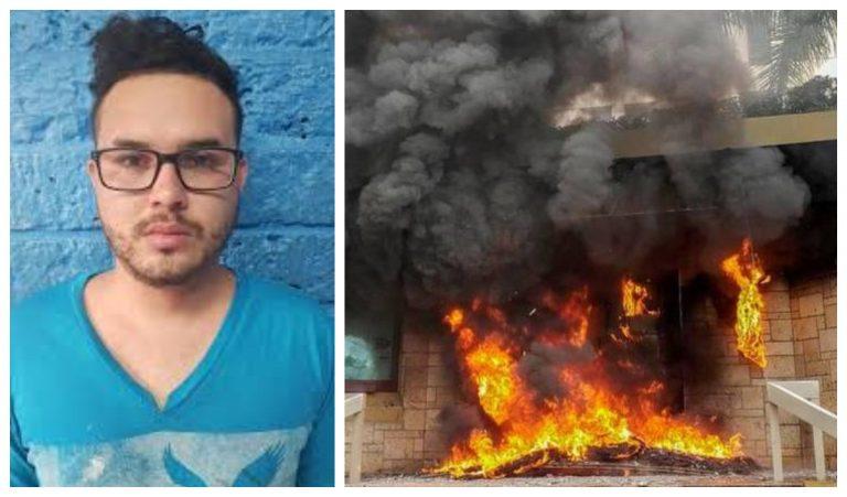 Dictan detención judicial a sospechoso de quemar llantas en la embajada americana