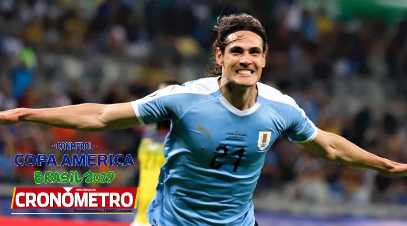 Uruguay destroza a Ecuador 4-0 y lidera el Grupo C