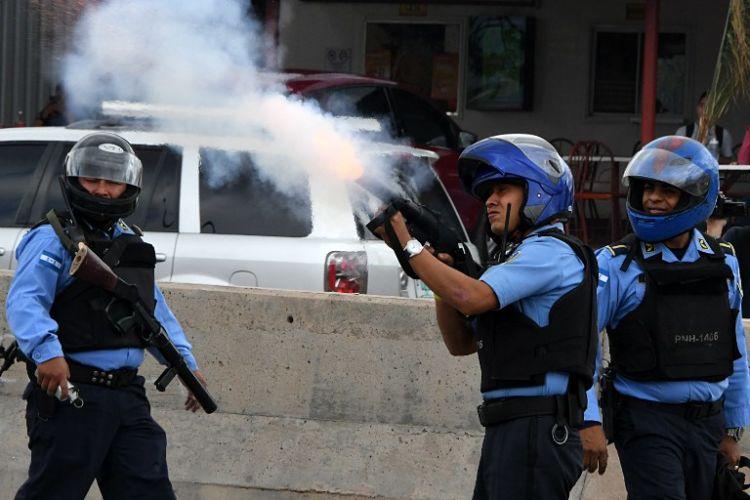 Gas lacrimógeno sí causa la muerte o secuelas permanentes en las personas, según expertos