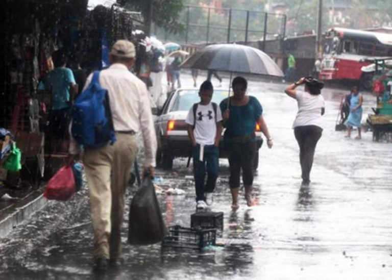 CLIMA DE ESTA TARDE: temperaturas descenderán hasta los 16 grados