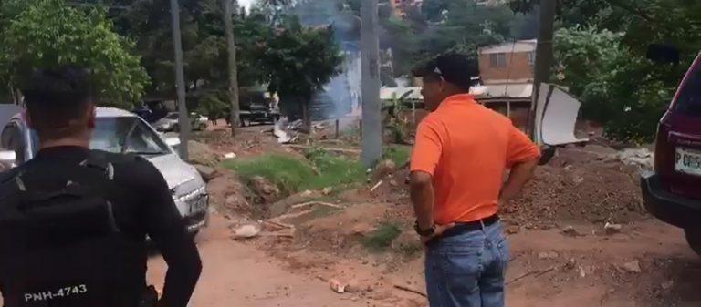 ExCOBRAS gasean al director de la Policía y arman balacera para celebrar