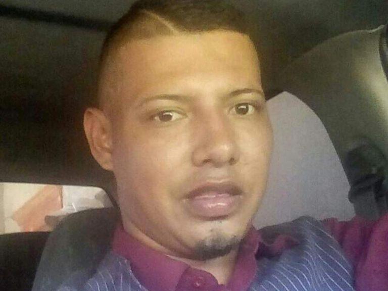 Condenan a hombre por ahorcar y quemar a joven que conoció en redes sociales