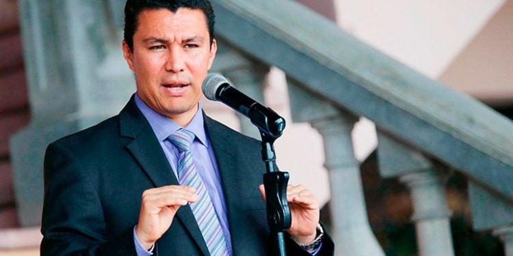 Ebal Díaz: reformas a Inprema quitan deducción al décimo tercer y cuarto mes de salario a docentes