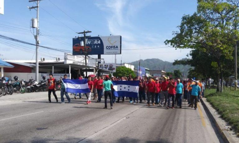 Sindicato de Elcatex se une a marchas; hay cuatro protestas en zona Norte