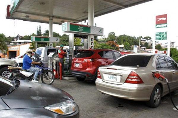 COHPETROL anuncia abastecimiento de combustibles; piden a consumidores paciencia