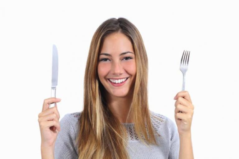 La importancia de respetar los horarios de las comidas para evitar la diabetes