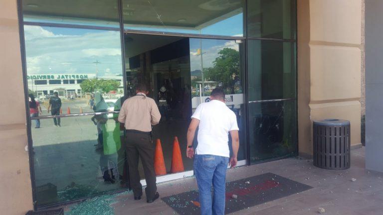 Choluteca: desalojo de protesta termina con tiroteo y herido en centro comercial