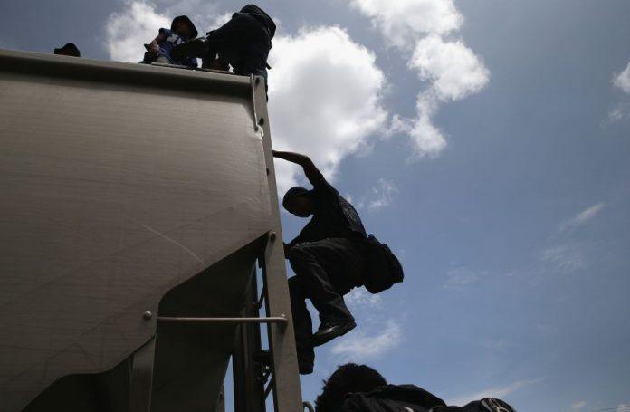 106 migrantes hondureños