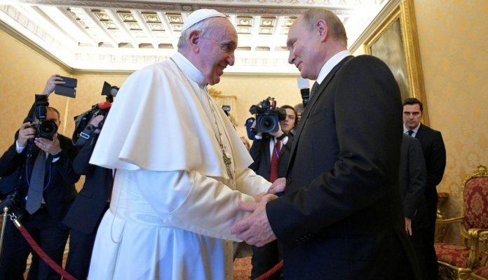 Vladimir Putin y el Papa Francisco