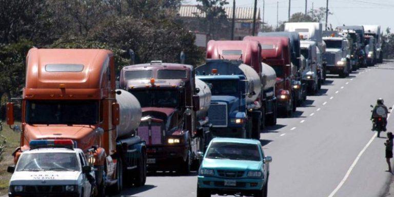 Transportistas de carga reiteran que podrían irse a paro el 18 de julio