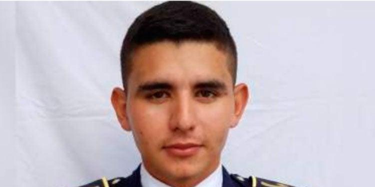 MP emite orden de captura a policía por asesinato a comerciante