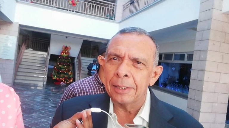 """Expresidente Lobo: """"No descansaré hasta ver a mi """"Rosa"""" libre; no se merece estar allí"""""""