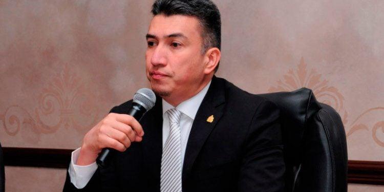 Excusan a Rolando Argueta para no conocer recurso contra Ley de Secretos y Código Penal