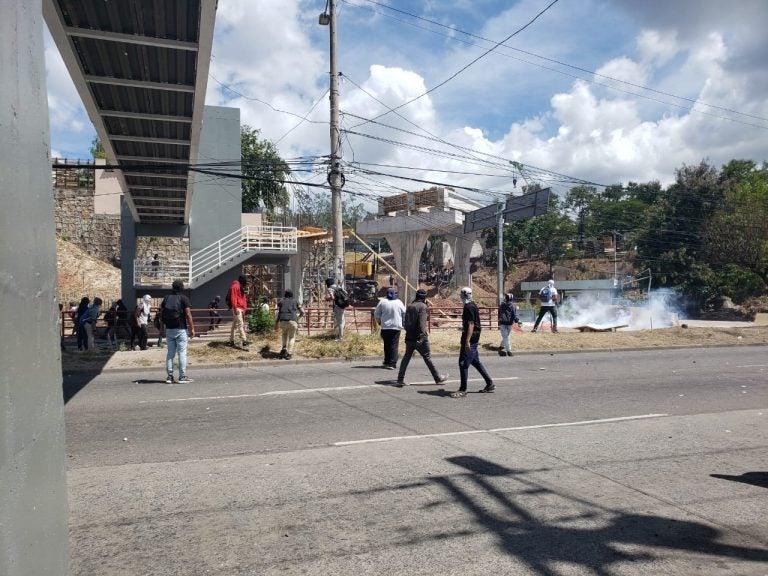 En enfrentamiento termina manifestación de estudiantes en Tegucigalpa