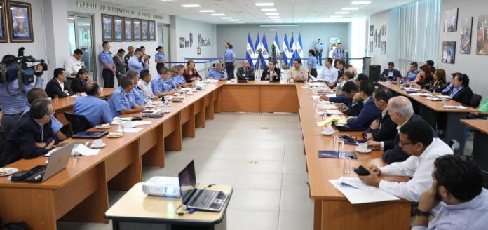 FNAMP decidirá quiénes integrarán las barras; Ley de Convivencia en Estadios aún no reglamentada