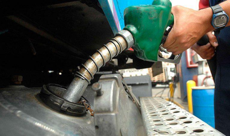 Pírricas serán las rebajas en el precio de los combustibles a partir del lunes