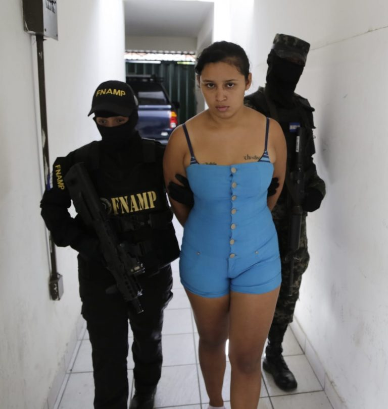 Cuando cobraba extorsión cae peligrosa pandillera de la 18 en Comayagüela