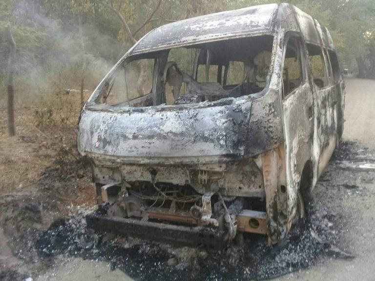 Queman «rapidito» luego de raptar al conductor y su ayudante en Cofradía, Cortés