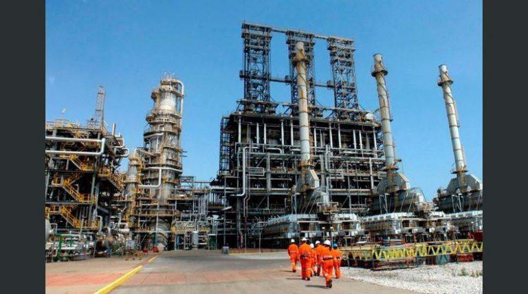 Ataque en Arabia: El barril OPEP se dispara también un 10% y se cotiza a $66.43
