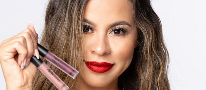 Lipstickfables