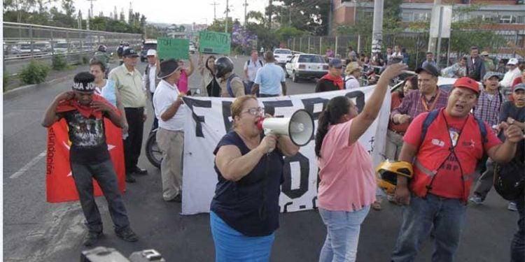 TEGUCIGALPA: manifestación de la oposición pide la renuncia de JOH