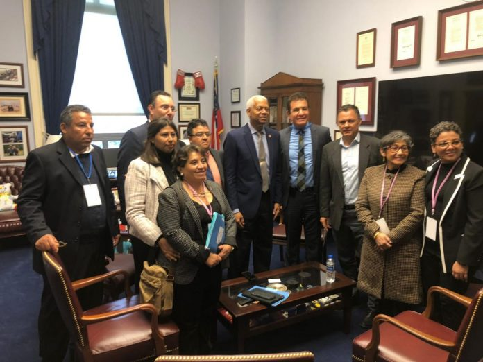 oposición se reunieron con senadores