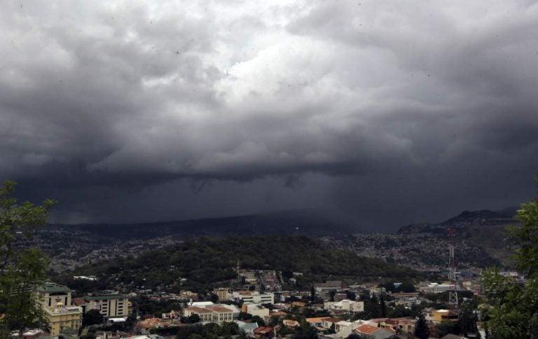 CLIMA DE ESTA TARDE: lluvias en todo el territorio hondureño