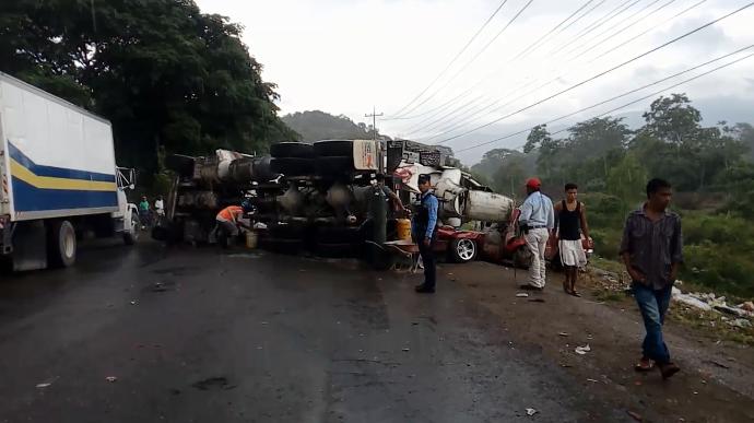 SPS: Fatal accidente vial deja un muerto y cuatro heridos en puente Manchaguala