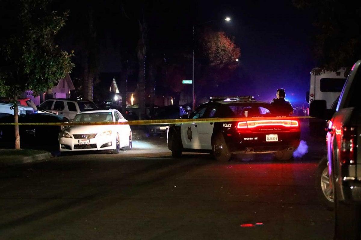 Tiroteo en California: Cuatro muertos en ataque a familia cuando miraba fútbol