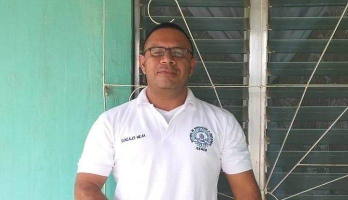 director de centro educativo