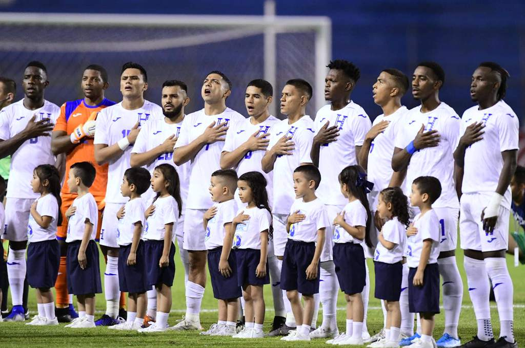 ALINEACIONES: Honduras y Martinica confirman a sus jugadores titulares