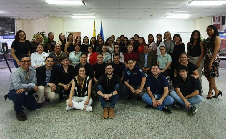 Periodismo UNAH-VS culmina proyecto #AquíNoHayFronteras en Día del Migrante