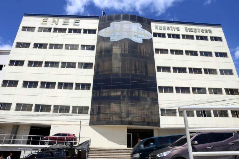 Para rescatar a la ENEE, Gobierno anuncia Comisión Interventora